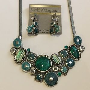 Jewelry - Blue/green sliver necklace and earring set